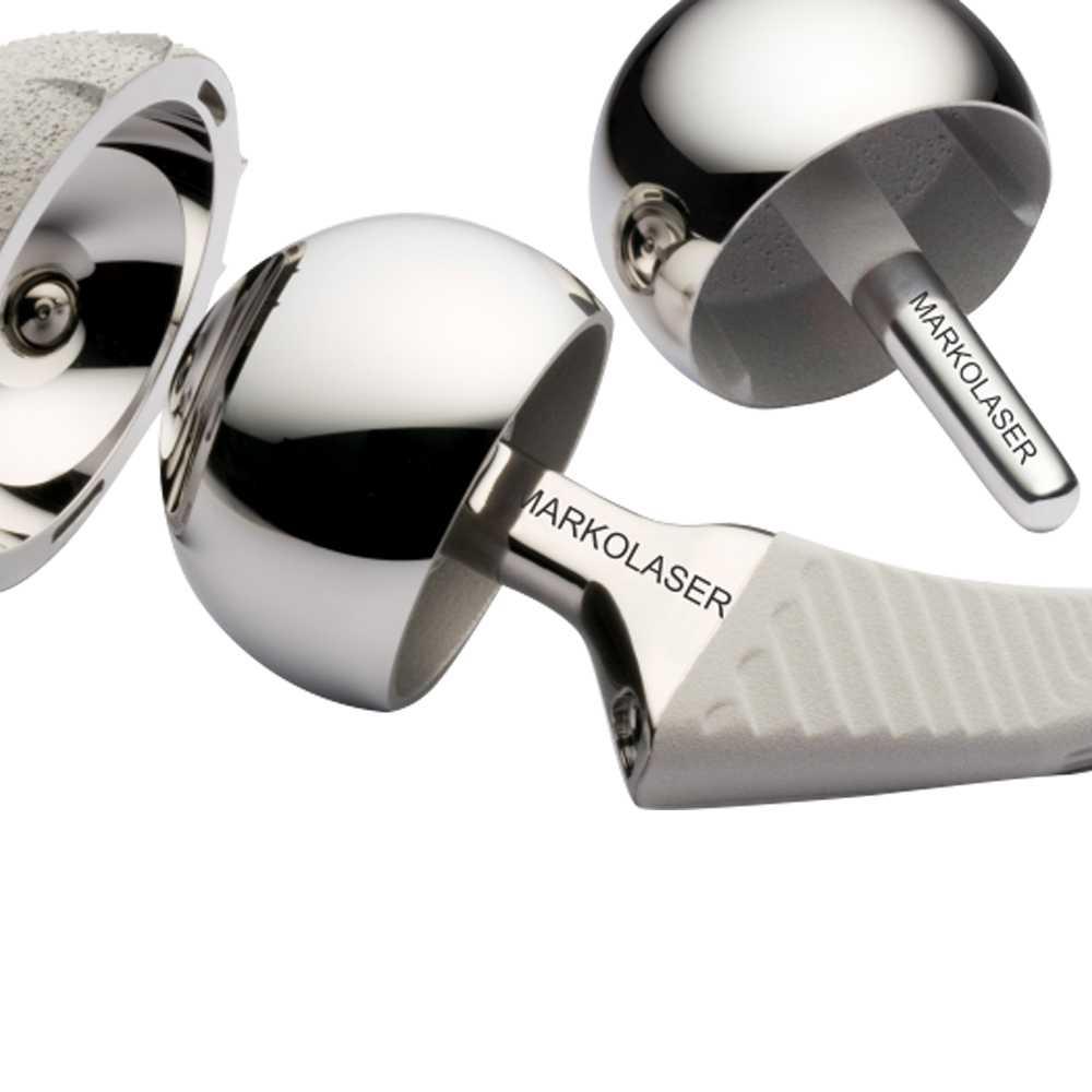 Fiber laser marking on medical implant
